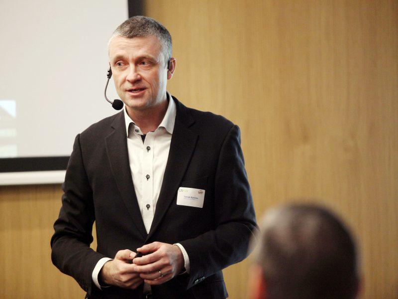 Moderátor Tomáš Rybička